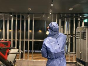 館内除菌作業の実施