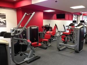 筋力トレーニングマシン