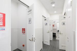 お手洗い・シャワー室・更衣室