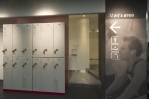 男性更衣室