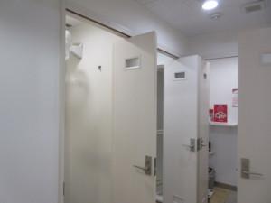 男子更衣室