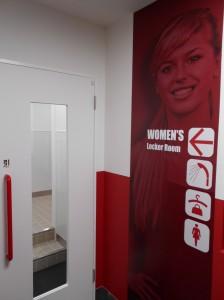 女性更衣室・シャワー室