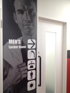 男性ロッカールーム