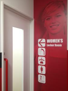 女性ロッカールーム