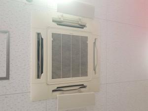 高性能エアコンフィルター