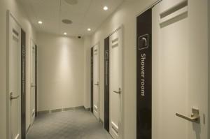 シャワールーム・男女更衣室