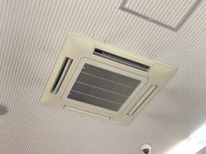 エアコンには高性能フィルター設置