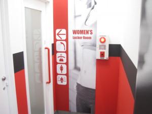 女性更衣室2階